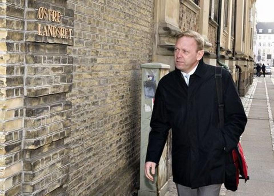Lækagesagen har allerede været for landsretten - her ses Michael Dyrby fra  TV 2 på vej til retten. Nu vil Rigsadvokaten have sagen for Højesteret. fd91f386db6eb