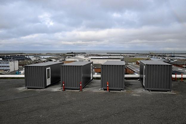 De fire containere bliver forbundet med ramper og platforme, så man kan gå i slangeform, gennem alle fire. Foto: Ole Iversen Ole Iversen