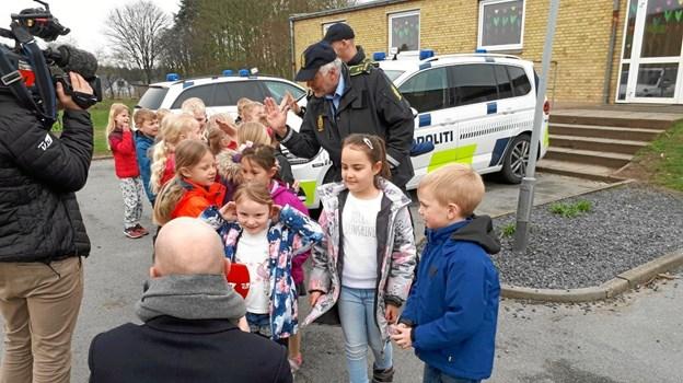 Politiet kom på uventet besøg i Onsild. Privatfoto