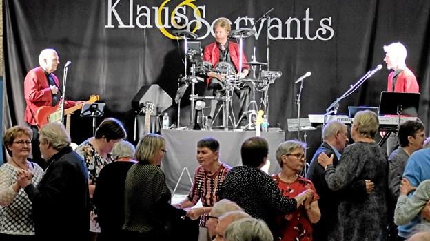 Lige fra den første dansetone var dansegulvet fyldt med danseglade mennesker, der nød at være med til at fejre Dansens Dag. Foto: Niels Helver Niels Helver