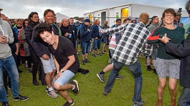 Publikum danser til Midnight Blues.. Foto: Ole Iversen