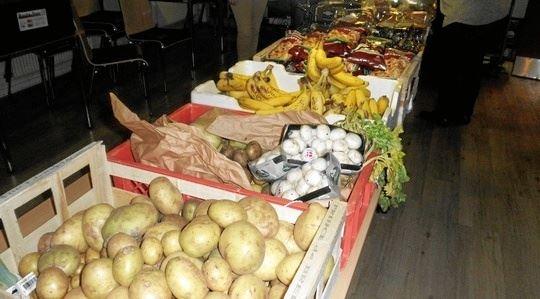Blå Sociale Café har indsamlet og uddelt mad i bl.a. Hirtshals og Lønstrup