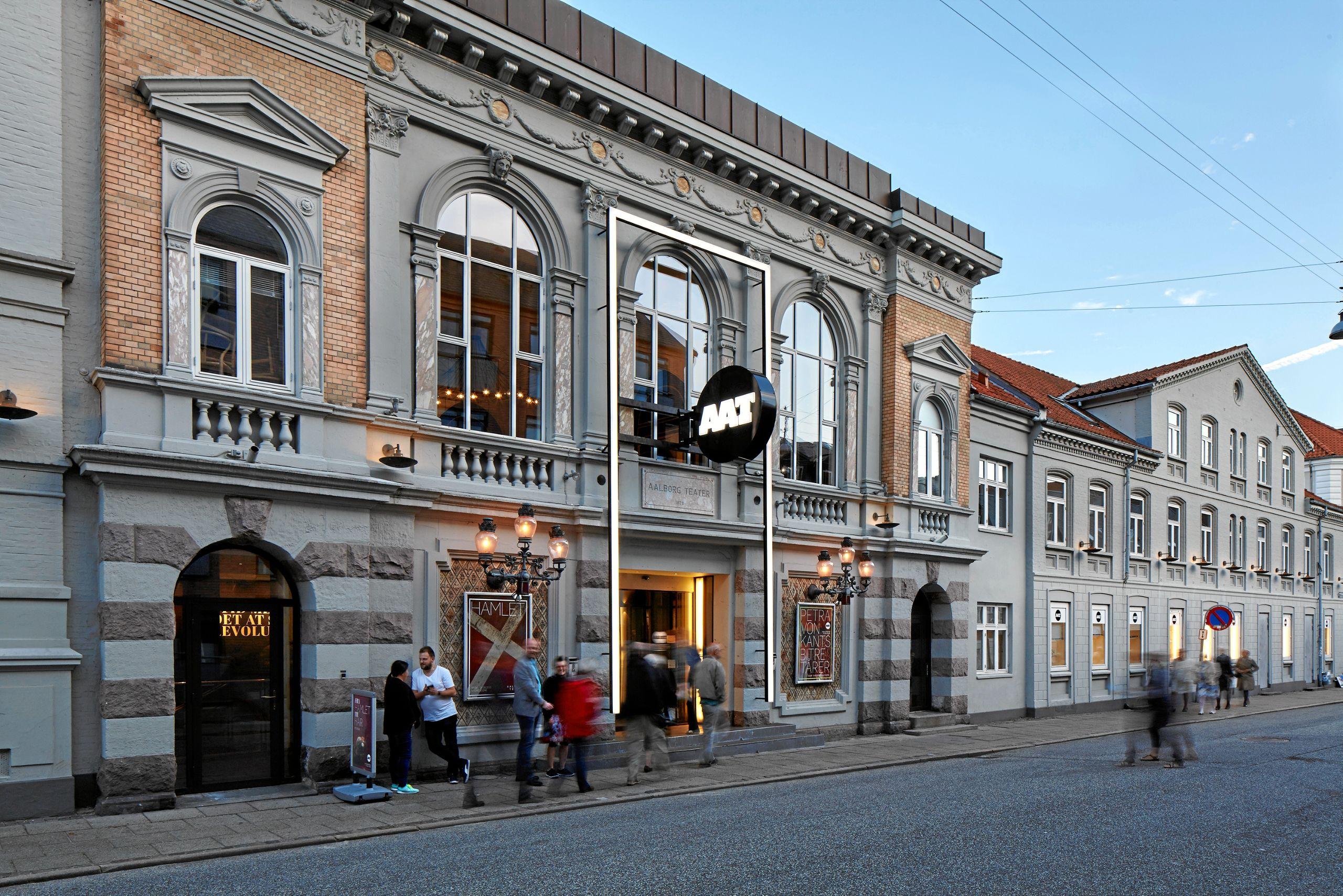 Aalborg Teater har brug for fire raske drenge i alderen fra fem til otte år, og de skal medvirke i forestillingen 'Et dukkehjem'. Foto: Aalborg Teater