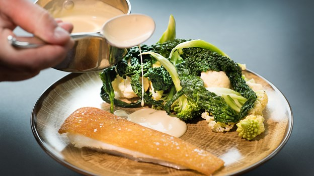 Gourmetmad står den unge koks hjerte nær - og drømmen om at arbejde i en Michelin-restaurant lever i bedste velgående.