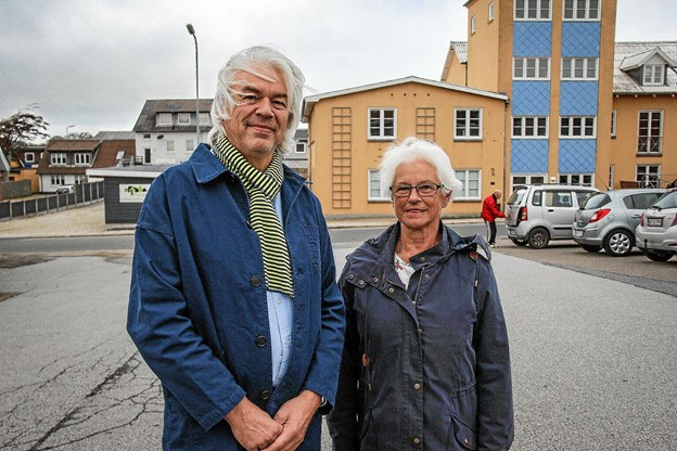 Inger Nielsen (formand) og Alfred Haaning er to af medlemmerne af Lions aktivitetsudvalg, der står for pensionistfesten, som Lions i Sydthy overtog for syv år siden. Foto: Hans B. Henriksen