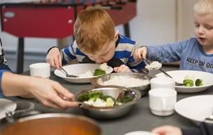 Nej til frokost udefra: Småbørn i Mariagerfjord fortsætter med madpakke