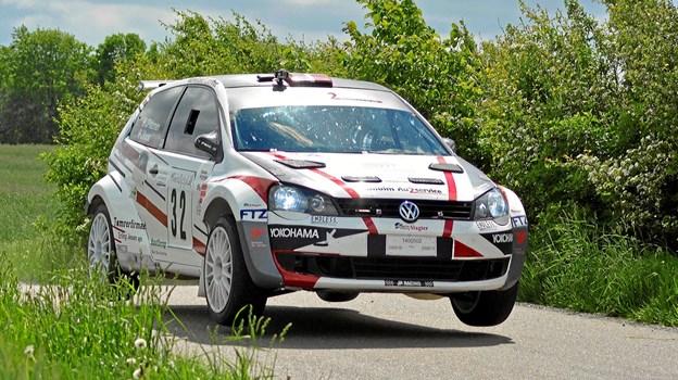 Jan Petersen og Jeanette Kvick er flyvende i deres VW Polo S2000.