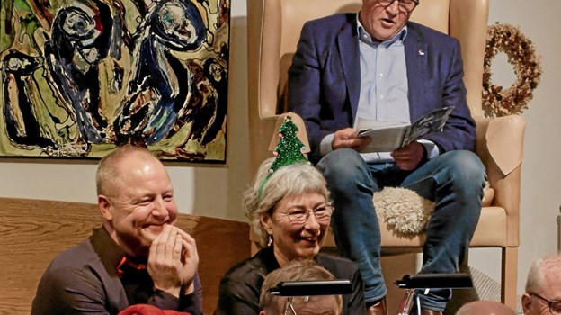 """Med humor og vid fortalte apoteker Henrik Lintner den gribende julefortælling om """"Lille Jubbers Jul"""". Foto: Niels Helver Niels Helver"""
