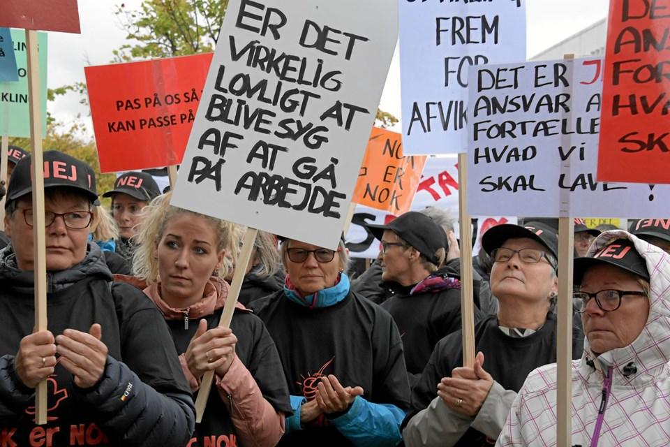 Demonstrationen i Frederikshavn forud for byrådsmødet onsdag. Foto: Henrik Louis