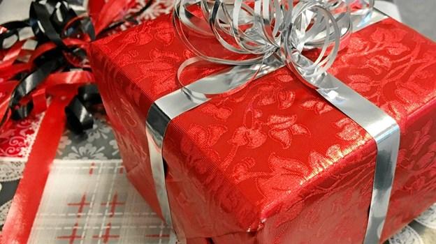 Der var samlet mange forskellige gaver på julegavecentralen.