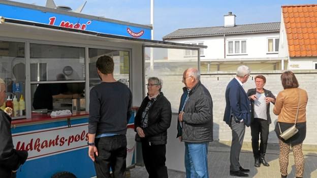 Så var der Hot Dogs ad libitum. Foto: Kirsten Olsen Kirsten Olsen