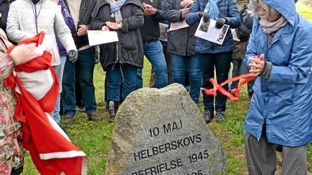 Stenen med datoen 10. maj tilføjet. Foto: Ejlif Rasmussen