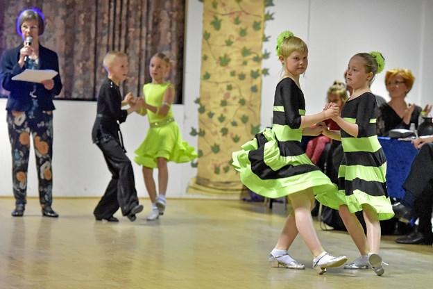 Flotte kjoler hører til. Foto: Ole Iversen Ole Iversen