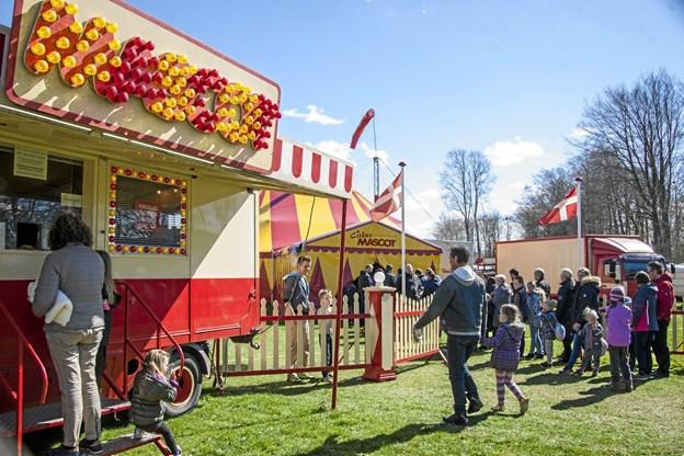 Mascot er i Hadsund fredag og lørdag 26. og 27. april på Munchs Eng. Foto: Privat.
