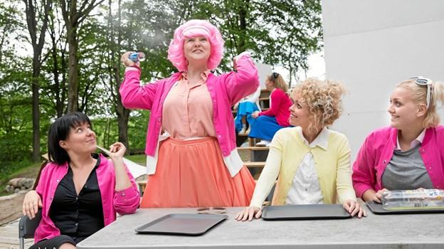 Pink Ladies giver den gas.  Foto: Janne Haslund