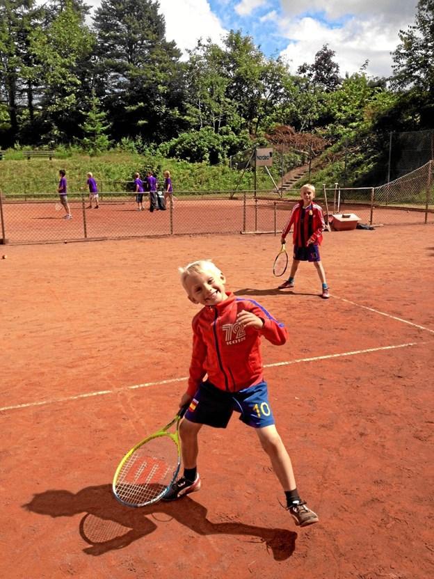 Der er grund til smil i Skørping Tennisklub. Foto: Privat