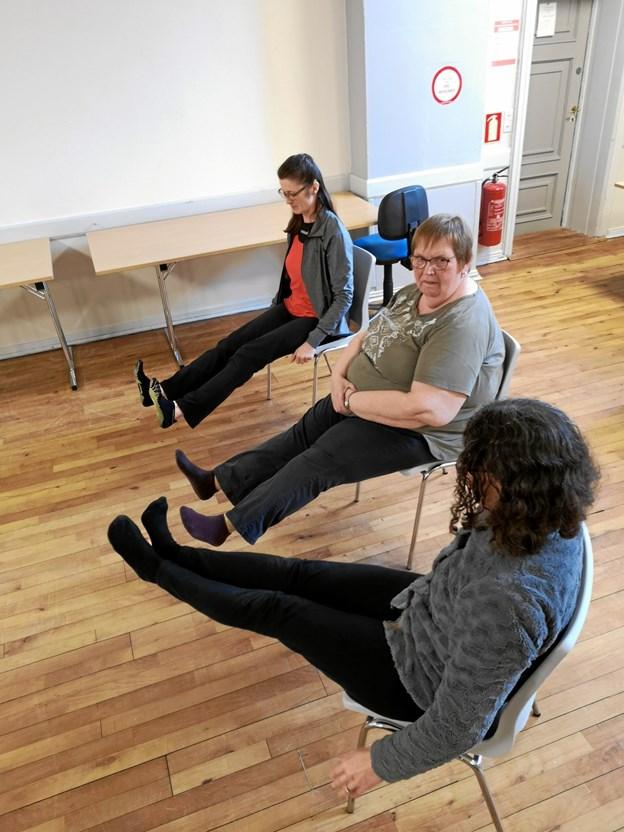 Åndedrætsøvelser, afspænding, mindfulness, meditation og andre øvelser indgår ligeledes i stole yoga.  Privatfoto