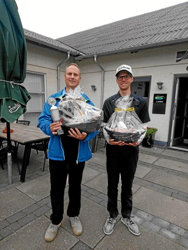 De to finaledeltagere ses her efter sæsonens sidste hulspils dyst. Foto: TM&E Air-View.dk