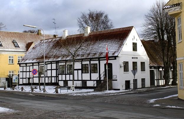 Det yndige Sæby Museum - i snevejr.