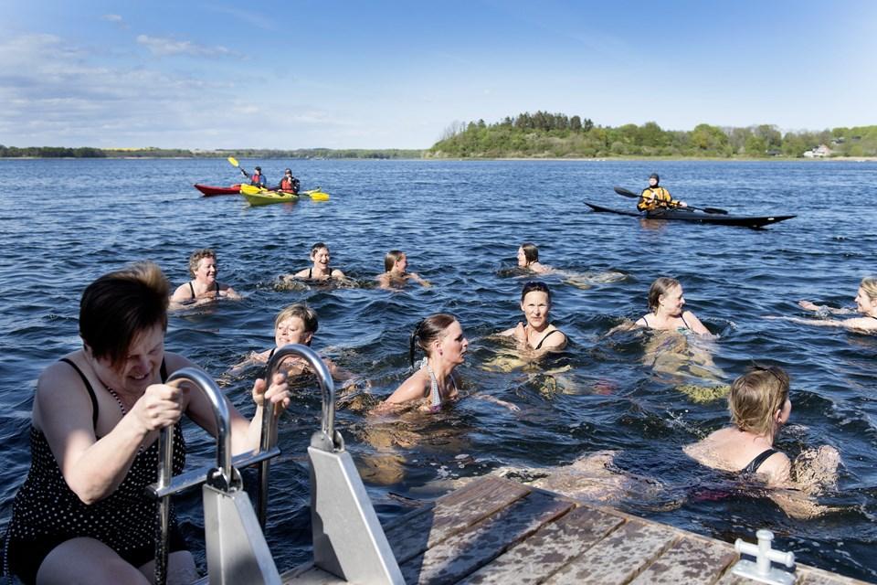 Fjordbaderne inviterer dig til en vandgang i fjorden. Arkivfoto: Torben Hansen © Torben Hansen
