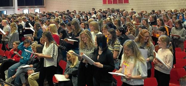 Det var et kæmpekor på næsten 500 velsyngende elever fra Nordjylland.