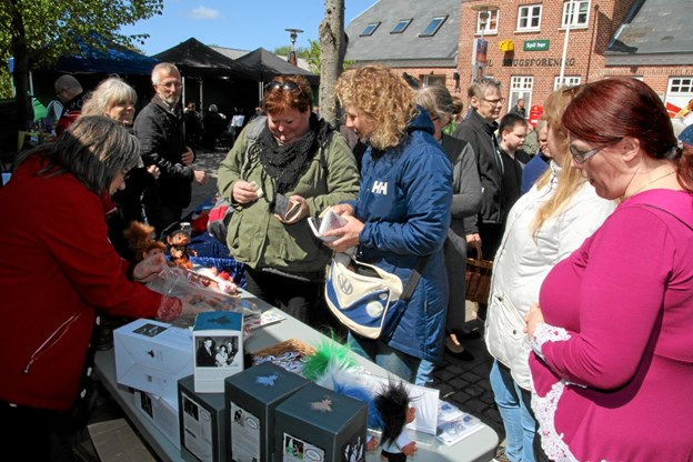Der var stor handel med de populære Gjøl trolde. Flemming Dahl Jensen