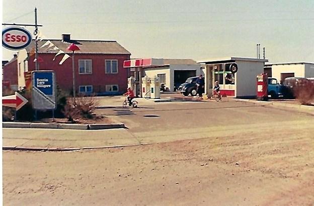 Kristian og Ruth Øhrgaard, der flyttede fra Nordsjælland i 1969 for at overtage Gærum Auto og Traktorværksted med Esso benzintank, som de drev i mange år. Privatfoto