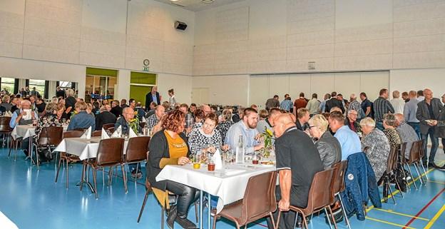 Benny Hansen - også kendt som formand for Lanterne i Løgstør fejrer 25 års jubilæum med kolleger, venner og familie. Foto: Mogens Lynge
