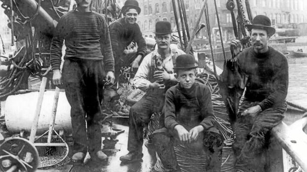 Frederikshavnske fiskere ombord på FN 48 Nordsøen i Københavns havn
