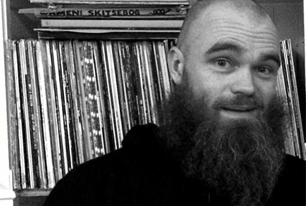 Ras Money a.k.a. Raske Penge a.k.a. Rasmus Poulsen er storsælgende dansk rapper og dancehallartist. Pressefoto