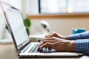 Digitale bogføringsfirmaer bliver i stigende grad hyret af danske firmaer