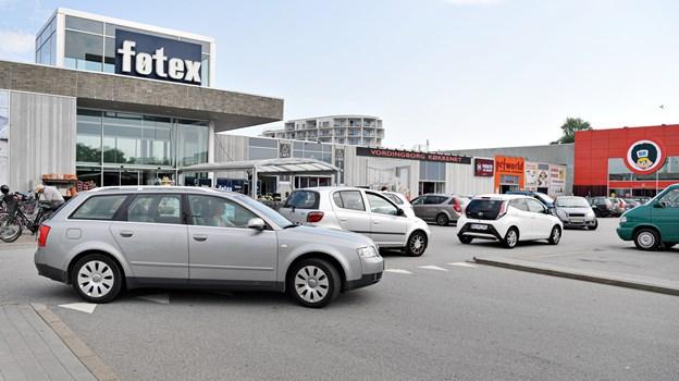 Butikker og caféen på Bispetorvet er med til tre festlige dage på torvet. Foto: Bent Bach BENT BACH