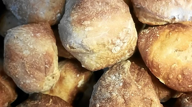 Særligt brødet har fået en stor betydning for Skovsgård Hotel, der i dag sælger brød i den lokale brugs. Arkivfoto
