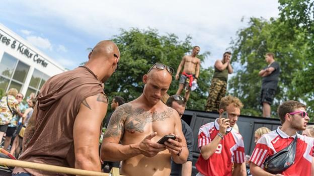 Ved events som karneval er der altid meget stor aktivitet på mobilnettet, fordi der deles content og kommunikeres med venner og bekendte i menneskemylderet. Arkivfoto: Nicolas Cho Meier