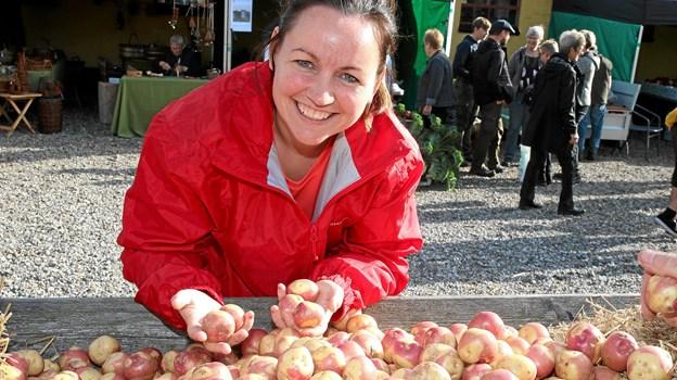 Kiki Bach fik set på nogle røde kartofler.
