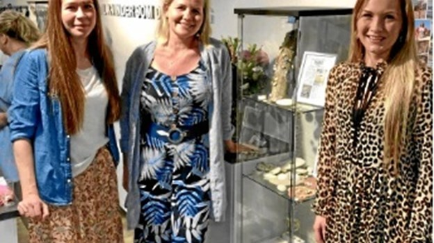 Smykke-designerne har indgået aftale med Blondehuset i Løkken.