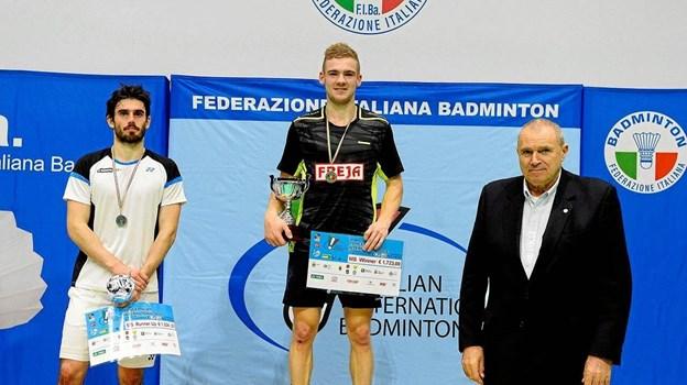 a89ea0f7e8f Søndag strøg VEB-spilleren til tops i Italian International. Efter tre  finale-nederlag