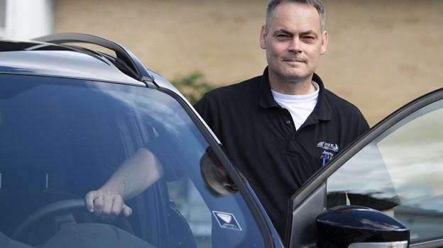 Den 46-årige kørelærer har været i faget siden han var helt ung, og han grundlagde sin første køreskole sammen med sin kone, Anne Marie. Foto: Mette Nielsen