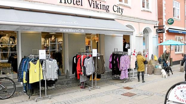 Torsdag den 4. april kunne Sanne C. åbne på den nye adresse, Vestergade 31 i Sæby Foto: Tommy Thomsen Tommy Thomsen