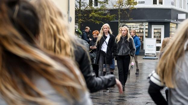 Tusindvis af unge rykker i disse uger ind i Aalborg - og skal lære den lokale jargon. Arkivfoto: Nicolas Cho Meier