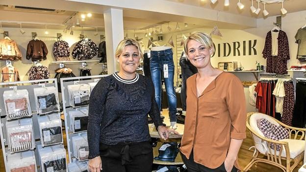 De to søstre Charlotte og Mette Didriksen (t.h.) glæder sig til åbningen onsdag. Ikke mindst fordi interessen har været overvældende op til åbningen.Foto: Ole Iversen