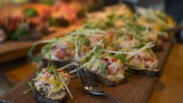 Caféministeriet kører i øjeblikket med all you can eat minismørrebrød, og det er en kæmpe succes. Foto: Lasse Sand