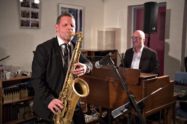 Her ses gæstesolist Jan Harbeck på tenorsax sammen med hammondorgel-betvinger Niels Ole Sørensen. Foto: Hans Ravn