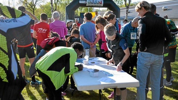 Indtil kort for løbsstart kunne man melde sig til. 161 deltog i dette års udgave. Foto: Jesper Bøss Jesper Bøss