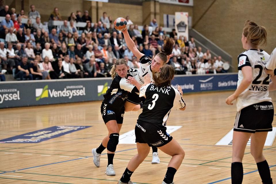 EH Aalborg tabte med 19-23 i premieren til Team Tvis/Holstebro. Foto: Hans Ravn