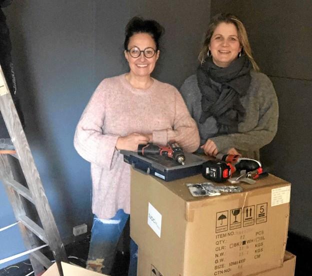 """Vita Hemdrup og Anne Bach Larsen åbner """"Maggies Gemakker"""" i Skørping i slutningen af februar. Foto: Privat"""