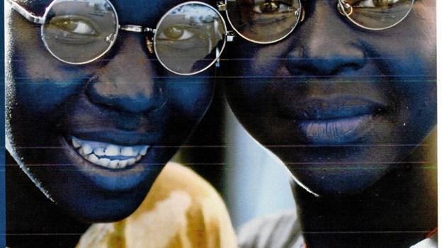 Dine gamle briller kan gøre stor gavn i de afrikanske lande. Ta' dem med, når du skal stemme til Folketingsvalget den 5. juni. Foto: Privat
