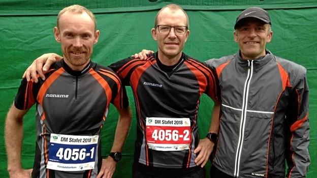 Claus Hallingdal Bloch, Bjarne Hoffmann og Nicolai Zaar Nielsen - tog sammen DM-guld i stafetorientering i weekenden. Privatfoto