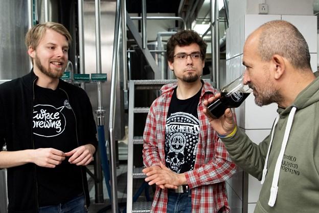 Chiosi Pierluigi smager på øllet på et meget tidligt stadium. Foto: Henrik Bo