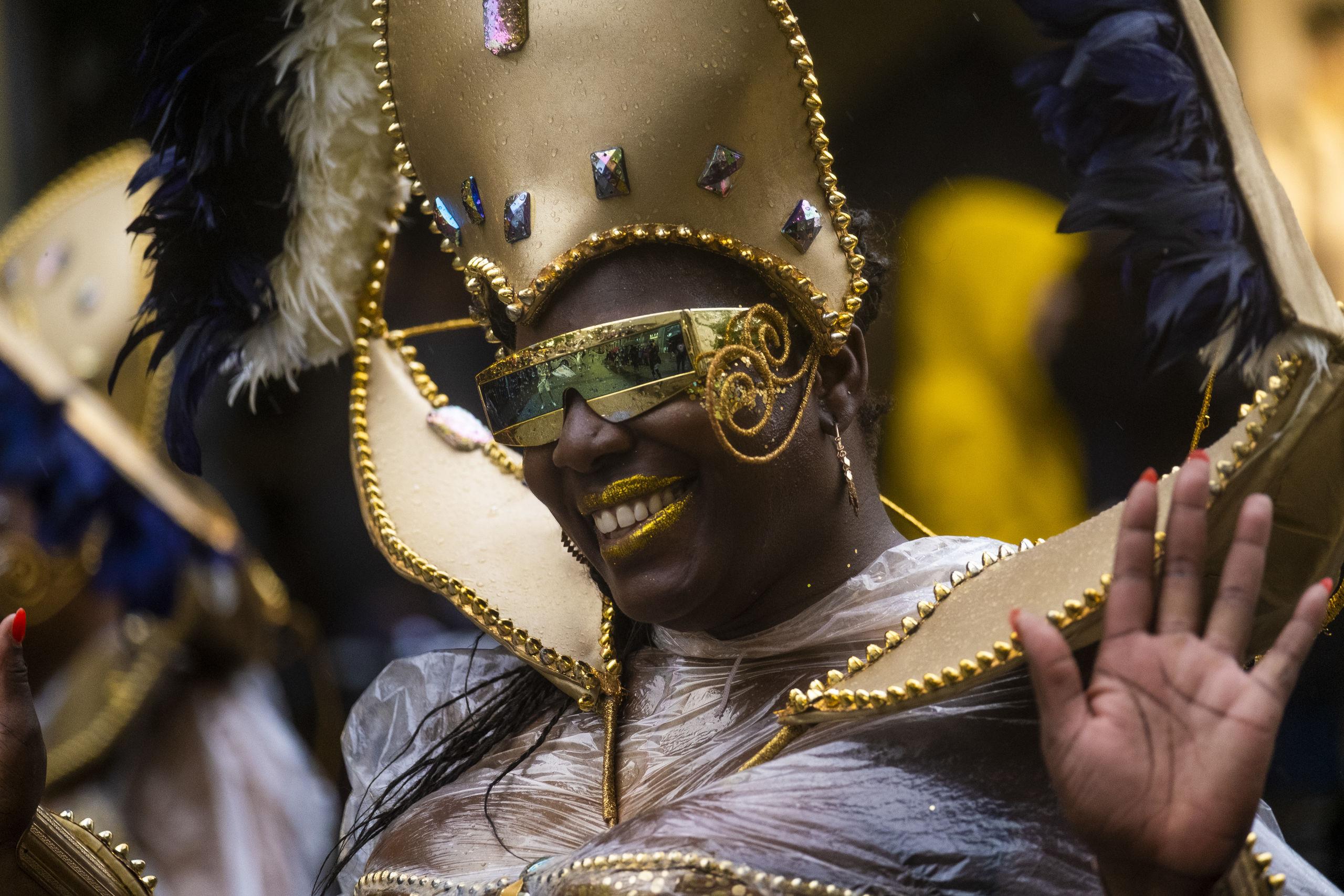 Karnevalsgrupperne giver lørdag et mini show på C.W. Obels Plads. Foto: Lasse Sand